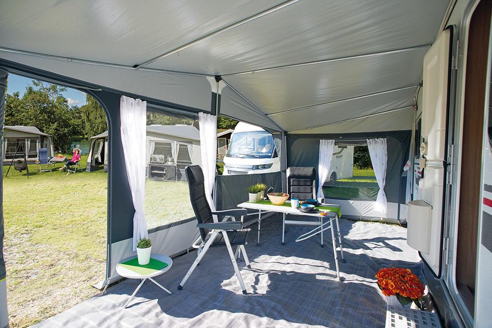 Avance inaca fusion aracat camping - Interior caravana ...