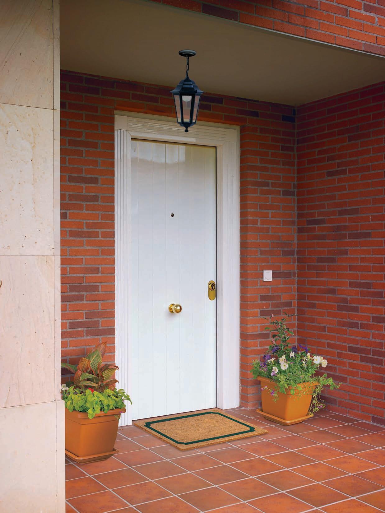 Puertas de entrada blindadas - Puerta exterior blindada ...