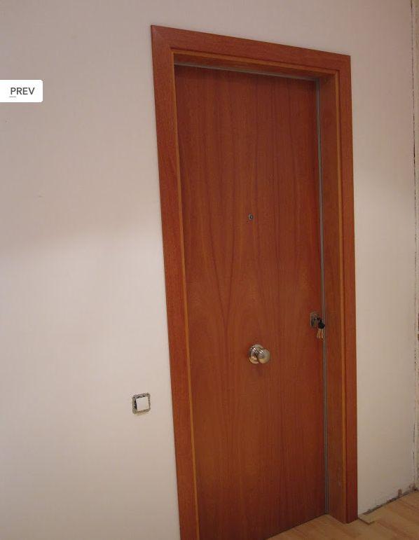 Puertas de entrada for Puerta castellana pino