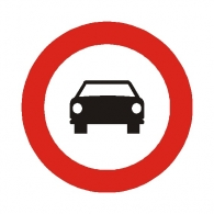 Entrada prohibida a vehículos de motor excepto...