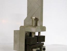 Dispositivo para ensayo de mallas electrosoldadas.
