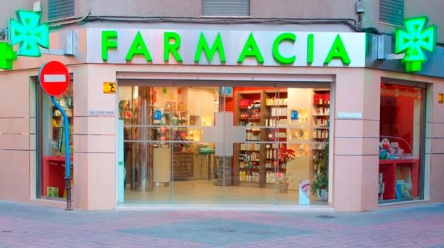Negocios en las comunidades de propietarios (XII). Riesgos profesionales en farmacias