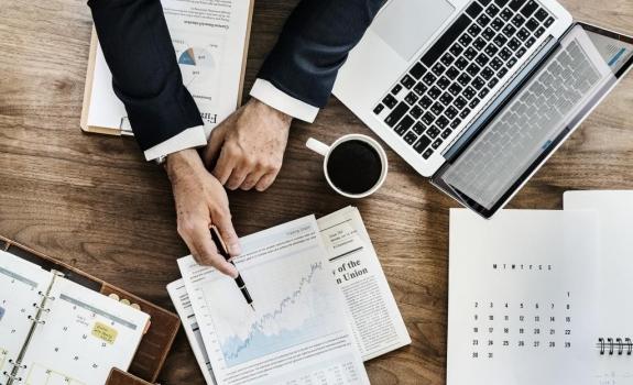 RECLAMACION POR DATOS PERSONALES Y SEGUROS PARA DIRECTIVOS Y ADMINISTRADORES