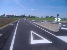 Remodelación de acceso y entorno