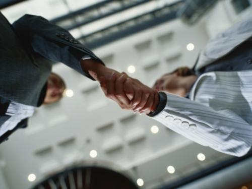 Consultoría de riesgos y seguros de empresa, industria y comercio.