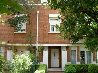 VIVIENDAS MANUEL SMITH GETXO. Construido 1986