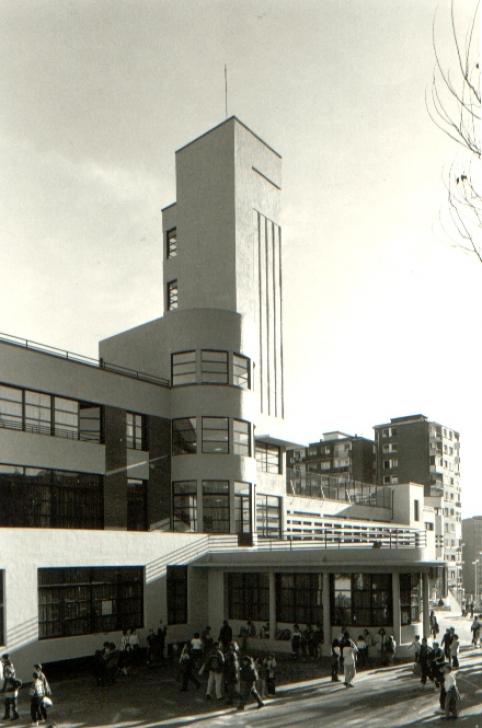 Construcción  1998.  (Ver proyectos)