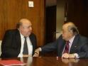 D. Arturo Virosque y D. Luís Más en la firma del Convenio