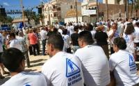 Más de 300 personas se han concentrado hoy en la Glorieta para concienciar a la ciudadanía de Carboneras sobre el problema pesquero