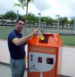 El Ayuntamiento de San Vicente del Raspeig ha recogido 4.526 litros de aceite doméstico usado desde finales de julio de 2010