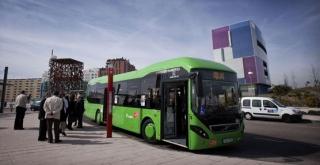 Volvo Buses continúa con las entregas de su urbano híbrido: en esta ocasión, cinco para la compañía AVL