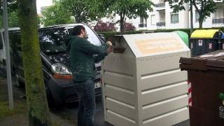 Donostia instalará 110 contenedores naranjas para el aceite doméstico en un mes