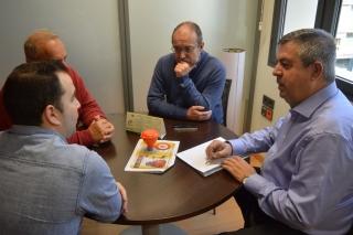 El Ayuntamiento de Cartagena se interesa por la gestión del aceite usado de cocina.