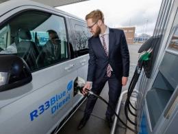 Volkswagen desarrolla con éxito un combustible diésel con aceite de cocina usado.