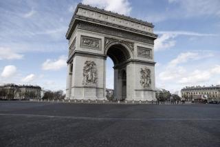¿En qué se diferencian las leyes de cambio climático española y francesa?