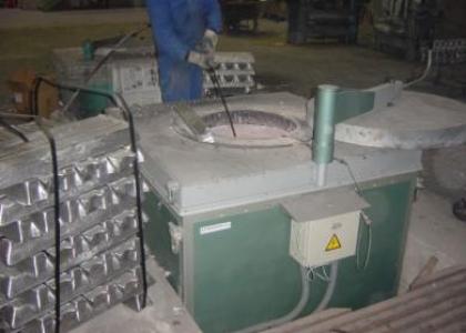 Horno Electrico Crisol Fusión / Mantenimiento Metales no Férreos