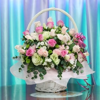 LARGE BASKET OF PASTEL ROSES AND FLOWERS