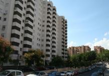 Edificio c/ Madre Antonia Paris (Fachada)
