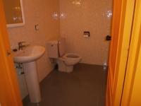 baño san ernesto 18