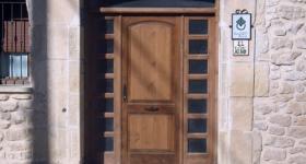 Puertas plafonadas de tres hojas