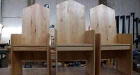 Sede de 3 asientos de pino para iglesia