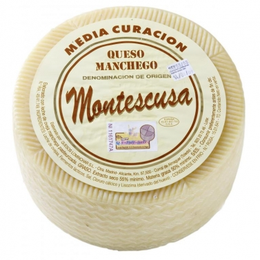 Queso Manchego media curación D.O. Montescusa