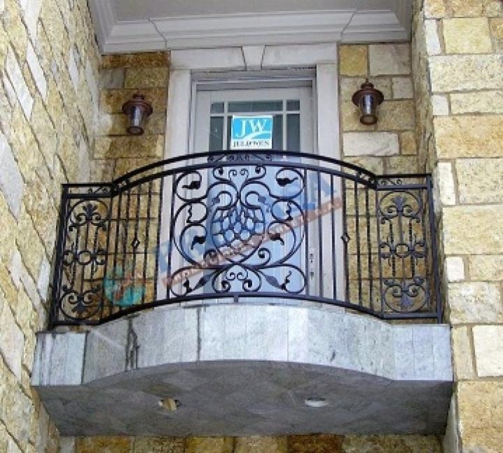 balcón de hierro forjado