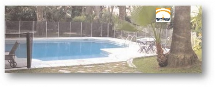 Valla de piscina Beethoven sin un tramo