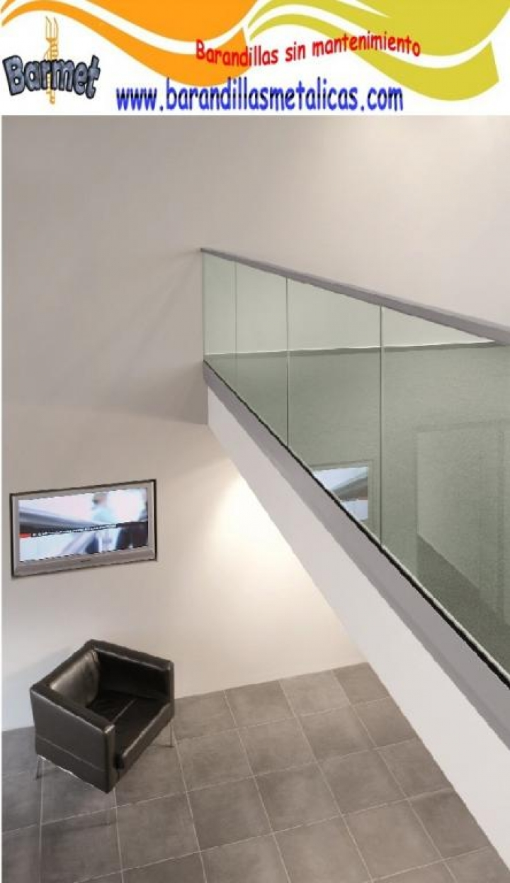 Barandilla Easy Glass Slim de montaje lateral