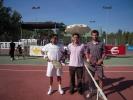 Jugadores y árbitro en la final del XVII Open