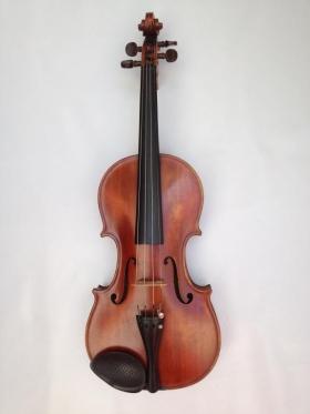 Nº 8. Violín firmado Moretti Egidio. Lavagna 1947