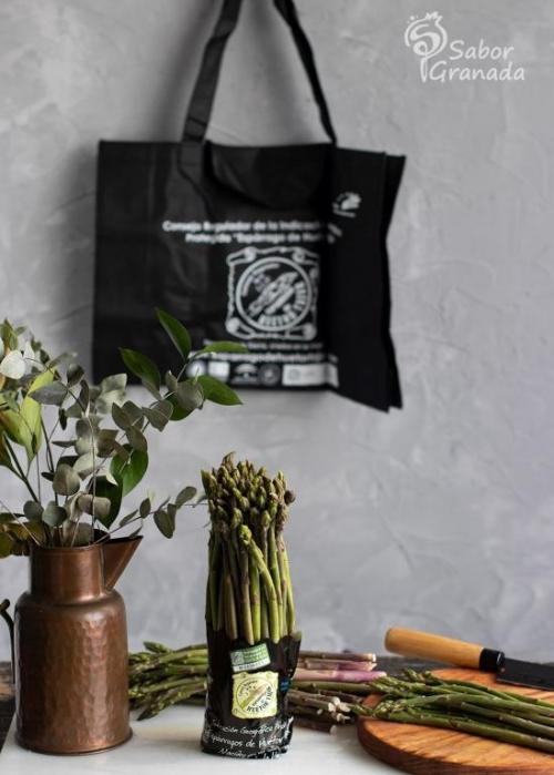 Éxito de la campaña gastronómica del Espárrago triguero de Huétor Tájar en redes sociales