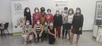La IGP Espárrago de Huétor Tájar traslada las cualidades de su espárrago verde-morado a las mujeres de la Asociación Torremora.