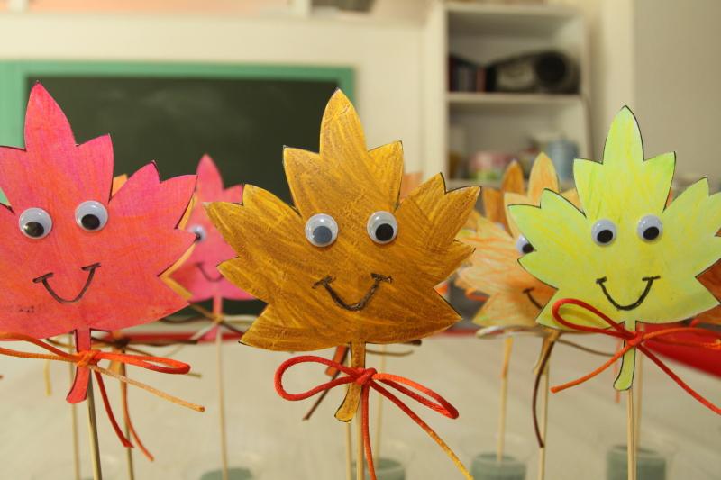 Macetas de hojas secas y obras en acuarela para conocer el - Manualidades para el otono ...