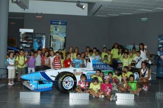El I Campus de Inglés Intercentros viaja hasta el Museo de Automoción