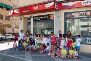 Los niños del Campus, reporteros de verano en Radio Televisión Castilla y León - Punto Radio