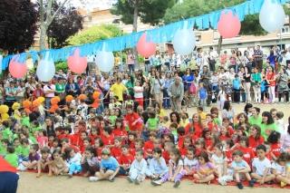 GLOBOFIESTA: Los alumnos de El Globo Rojos encandilan a las familias con su actuación musical