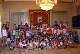 El Concejal de Medio Ambiente recibe a los alumnos del Campus de El Globo Rojo