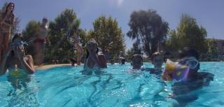 Baños de Sol y Agua: a los alumnos del Campus les queda mucha energía para disfrutar del verano