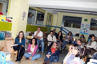 Presentación a las familias el Programa de Intervención Educativa para bebés