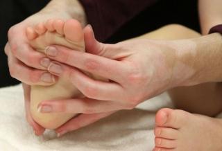 Aprender a dar un buen masaje a nuestro bebé
