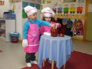 Los Rojos I, Cocineros de Emociones
