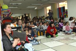 El cuento de Ricitos de Oro, llevado al escenario del colegio El Globo Rojo