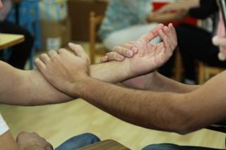 La fisioterapia: conocer el cuerpo entre padres e hijos