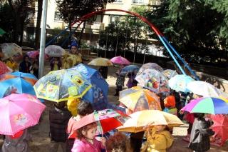 La Fiesta de los Paraguas llega al Globo Rojo
