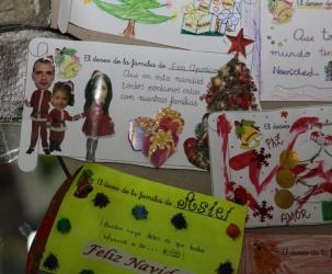 Expresión artística con la Navidad en El Globo Rojo