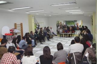 El Globo Rojo informa a las familias sobre la admisión a los tres años