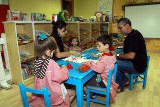 La evaluación de los niños hecha por un equipo de profesionales
