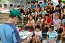 Inglés, música, lectura y juegos en grupo, actividades muy propias de la Escuela de Verano de El Globo Rojo