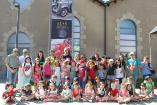Una visita de lujo a las  mejores joyas de la automoción de Salamanca